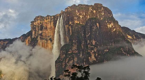 Dünyanın en ilginç masa üstü tepeleri-resimleri