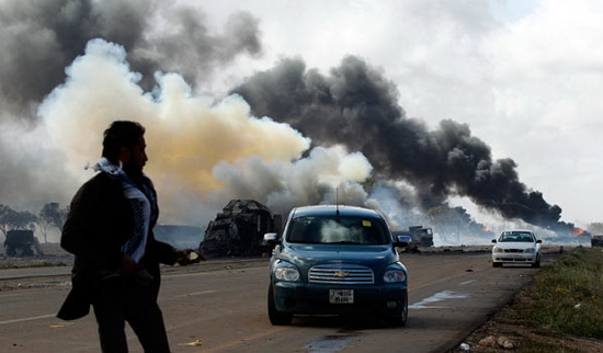 Uçaklardan bomba yağdı-resimleri